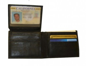 Men's RFID Blocking Bi-Fold Wallet